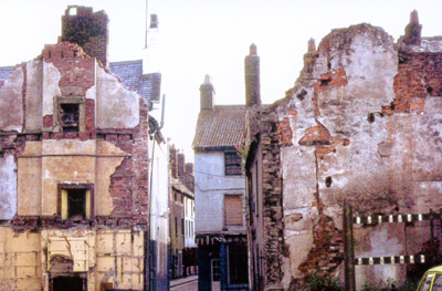 Slum clearance in Roper Street